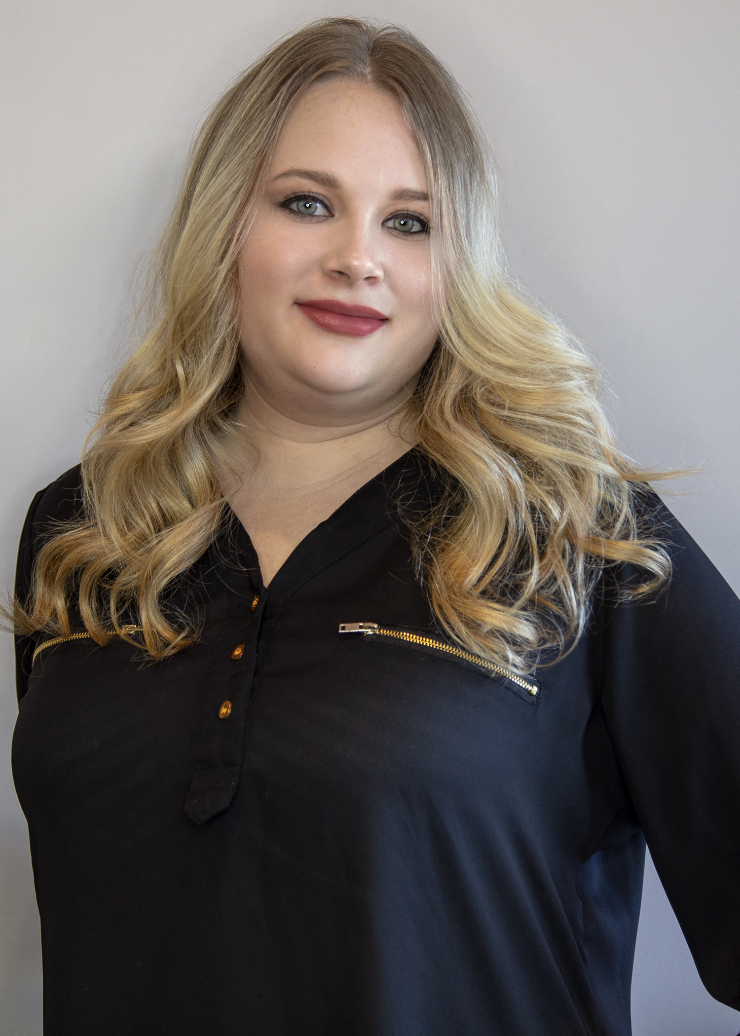 Samantha - Salon Brielle - Long Island Hair Salon